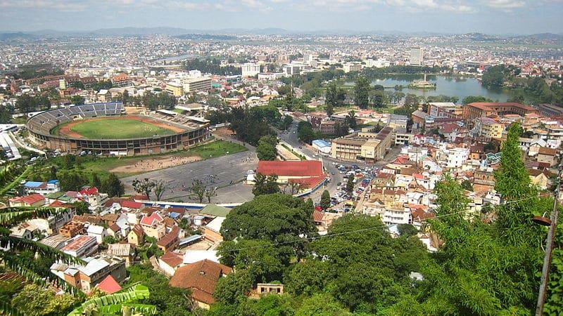 Madagascar: La mairie d'Antananarivo interdit les charrettes et pousse-pousses en ville.