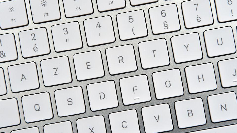Deux dispositions de claviers normalisées par l'AFNOR.